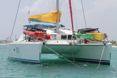 Weta-Trimaran-Small-Beach-Yacht-Catamaran-Transport