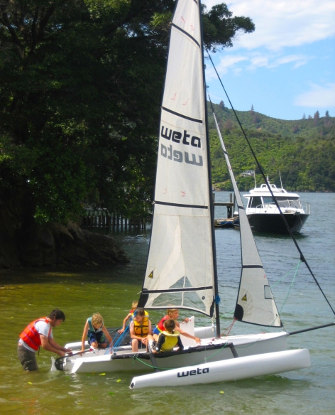 Weta-Trimarans-Picton-Kids-on-Weta